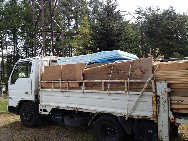 小屋作りワークショップ ~資材調達+階段作り~