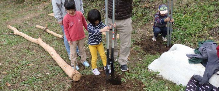 茅葺きキャンプの様子 vol.02  ~穴掘り、小屋組み、キャンプ~